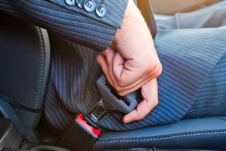Кто будет платить штраф за непристегнутого пассажира?