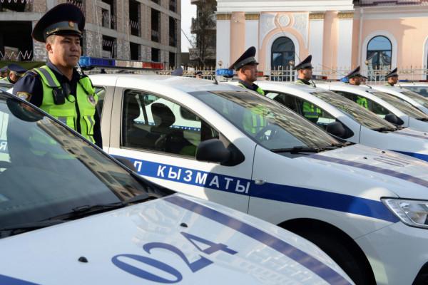В Оше и областных центрах начали формировать патрульную службу милиции