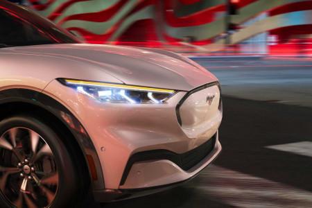 Ford Mustang Mach-E может оказаться мощнее, чем ожидалось
