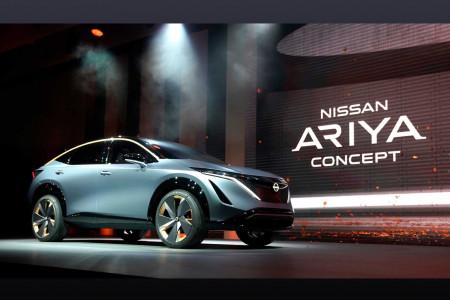 Nissan показал кроссовер Ariya на батарейках