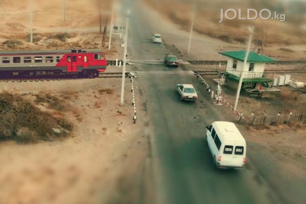 Поезд и автомобиль: неравная борьба за дорогу