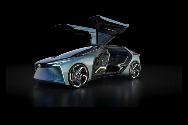 Lexus зарегистрировал имя для электрического кросс-купе?