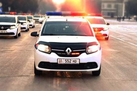 Может ли инспектор остановить автомобиль спецслужб?