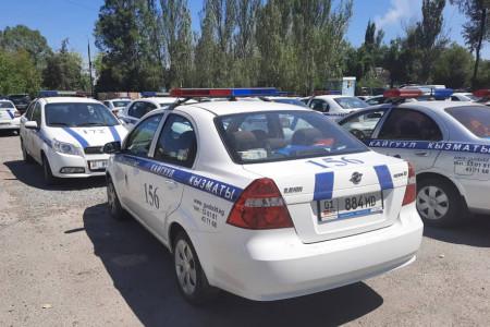 Патрульная милиция просит граждан не путать их служебные авто с машинами других ведомств