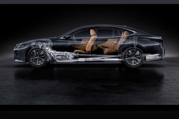 Марка Lexus обновила флагманский седан LS